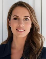 Dr. Elycia  Olivetti